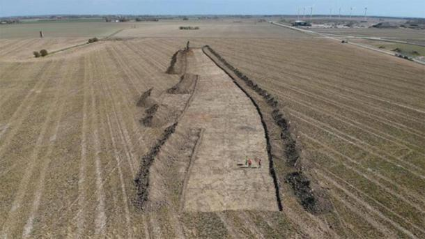 The massive structure may have stretched 1.5 km across Lolland. (Museum Lolland-Falster)