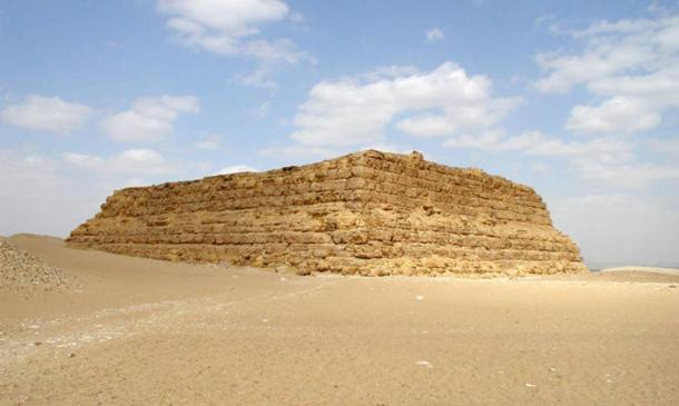 Example of a mastaba in Egypt.