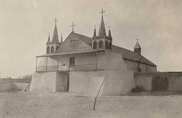 The mission church at Pueblo de Isleta where Padre Padilla was buried