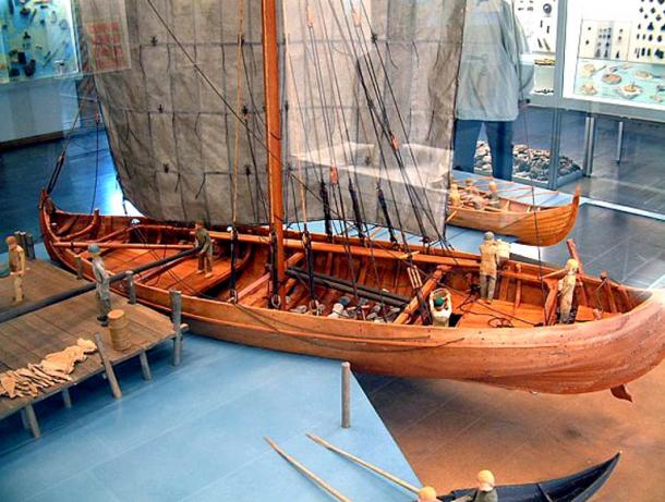 A model of a knarr – exhibited in a museum in Hedeby, in northern Germany. A knarr was a kind of a freighter, and was broader and shorter than a Viking war ship.