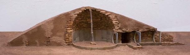 A model of a tomb characteristic of the prehistoric site at Los Millares.