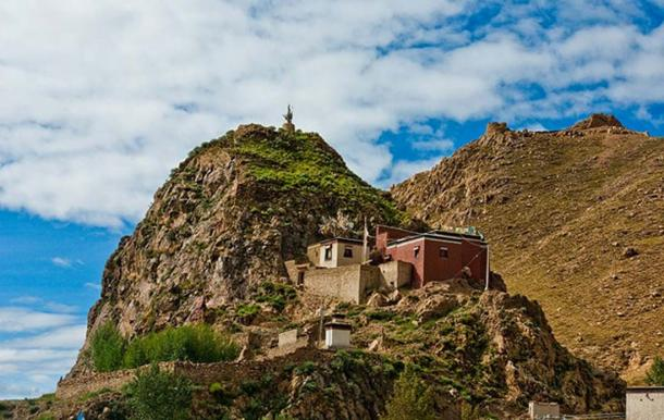 A little monastery in Tibet.