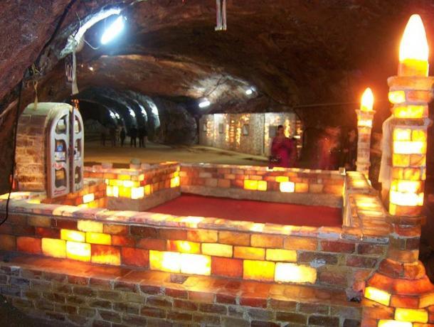 A small mosque made of salt bricks inside the Khewra salt mine complex.