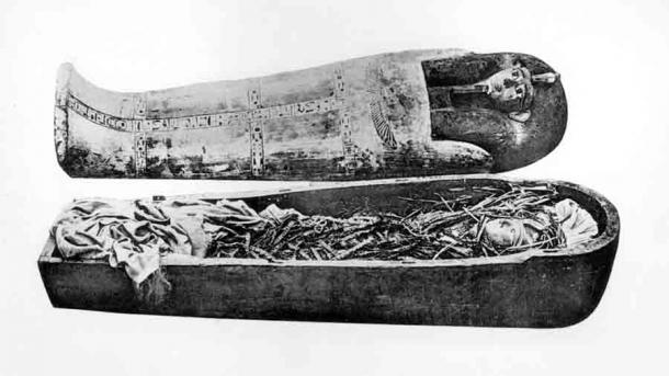The mummification process of bodies of people from different social classes differed. Those from the upper class or nobility was complex and time consuming, such as that used for the mummified body of Amenhotep I, housed at the Egyptian Museum in Cairo. (Public domain)