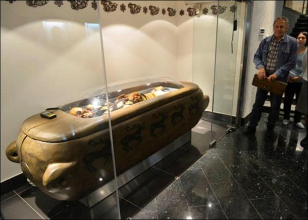 Leading researcher of the All-Russian Research Institute of Medicinal and Aromatic Plants (Moscow), Dr Yuri Abramov, said: told: 'We made sure of the absolute safety of the mummy.