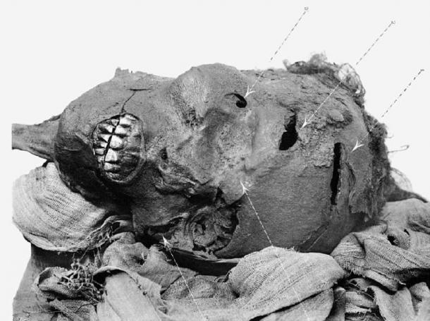 Mummy of Pharaoh Seqenenre Tao showing head wounds. (G. Elliot Smith / Public domain)