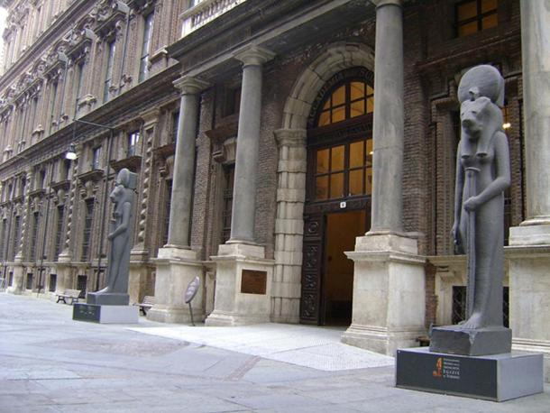 Main entrance of the Museo Egizio.