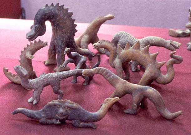 Some of the mythical and dinosaur-like Acámbaro figurines.