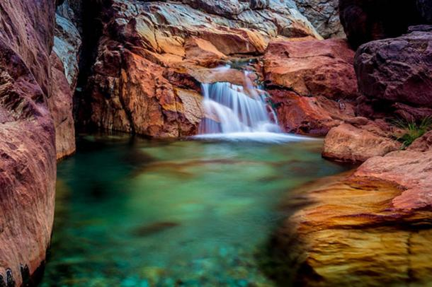 Beautiful natural surroundings at Little Backbone Creek, Shasta Lake, California.