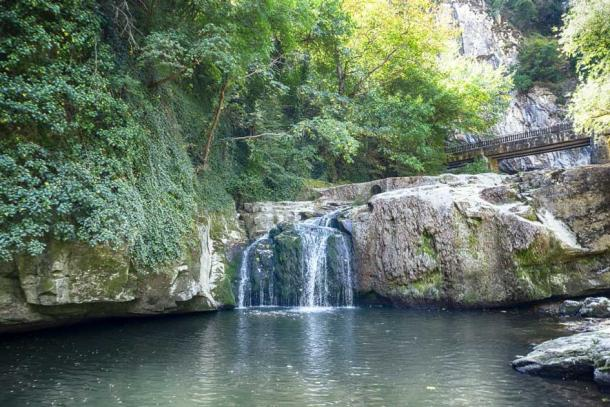 Natural waterfall near the Bacho Kiro caves and Dryanovo Monastery. (todor/Adobe Stock)