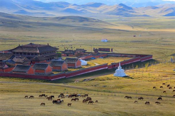 Northern Chinese political turmoil created huge stress for Siberian nomadic cultures. (yurybirukov / Adobe Stock)