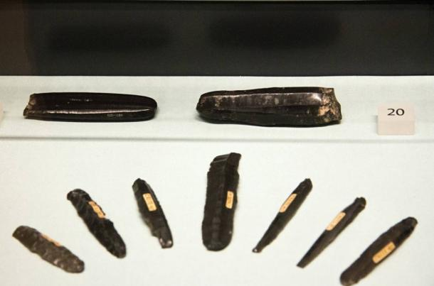 5,000-year-old obsidian tools from the Greek Cyclades islands