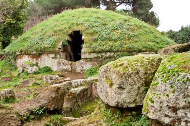 The oldest Etruscan tombs are the large circular mounds.