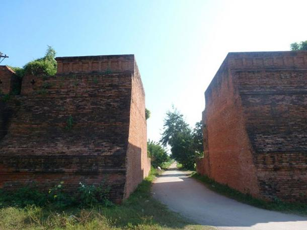 Remains of the outer walls