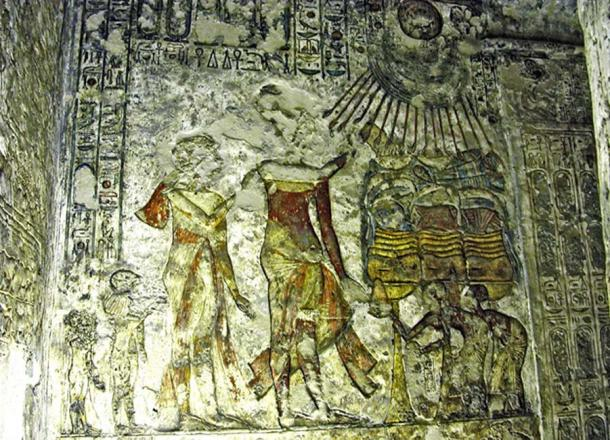 inted wall relief shows Akhenaten, Nefertiti and two of their daughters, Meritaten and Meketaten, making offerings to the Aten. Tomb of Meryre II, Tell el-Amarna.