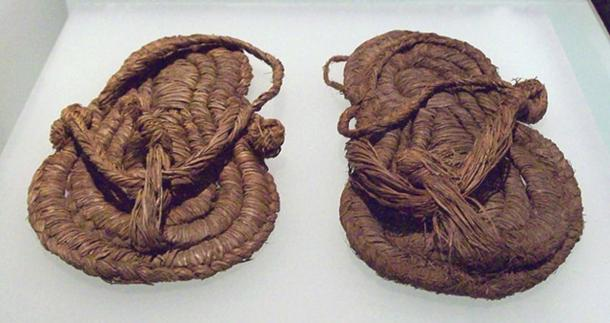A pair of sandals from the Middle Neolithic.