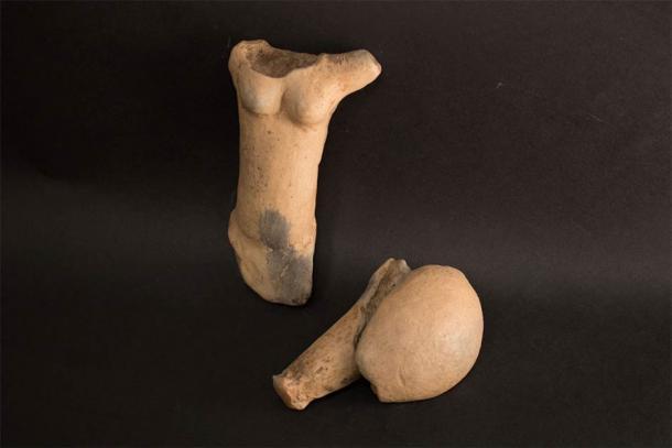 Las piezas principales de la estatuilla Venus de Egerszeg de la Edad de Piedra recientemente desenterradas en Hungría. (Museo Göcsej)
