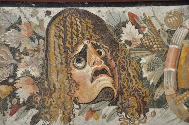 This Pompeii mosaic suggest the face in the center is experiencing something that is less than pleasant, the result of a curse perhaps! (Paul Stevenson / CC BY 2.0)