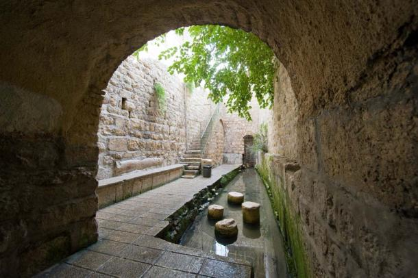 Pool of Siloam, the start of the Pilgrim's Path, Jerusalem (Robert Hoetink / Adobe Stock)