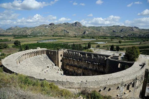 Aspen dos, present-day Turkey, is known for well-preserved theatre. The theatre provided seating for 7,000. It was built in 155 AD by the Greek architect Zenon, a native of the city, during the rule of Marcus Aurelius Antoninus, who was Roman emperor from 161 to 180 and the last of the rulers known as the Five Good Emperors. (Saffron Blaze / CC BY-SA 3.0)