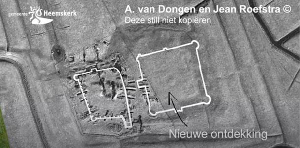 La imagen producida usando magnetometría e inducción electromagnética reveló los cimientos del antiguo castillo holandés recién descubierto. (Captura de pantalla de Gemeente Heemskerk / YouTube)