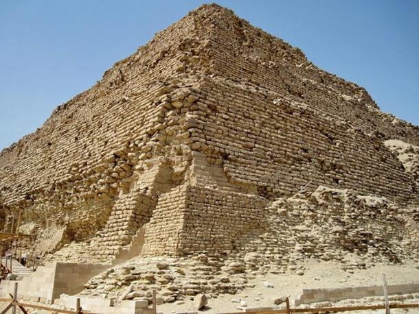 The pyramid of Djoser in Egypt dates to the 27th century BC and is older and larger than the one in Kazakhstan.