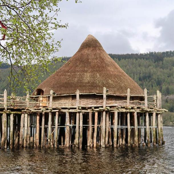 A modern reconstruction of a crannog on Loch Tay (Scottish Crannog Centre)