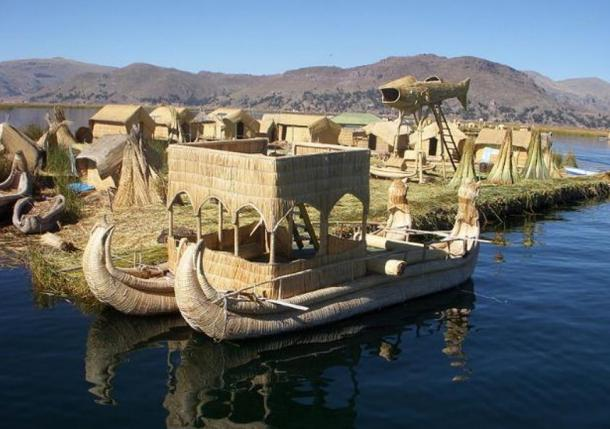 Picture of a reed boat at the Floating Islands, on Lake Titicaca