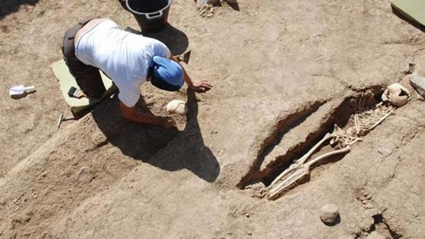 Excavating the remains in Santa María de Guía (Gran Canaria), Spain.