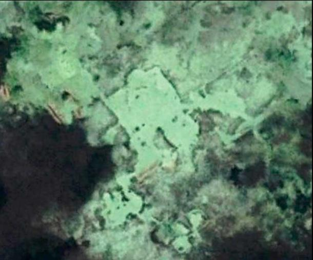The remains of building complexes underwater on the Yucatan Peninsula. The corrosive action of salt water on limestone may have reduced these structures down to their foundations. (Image: Google Earth Pro. Google Earth, 2017)