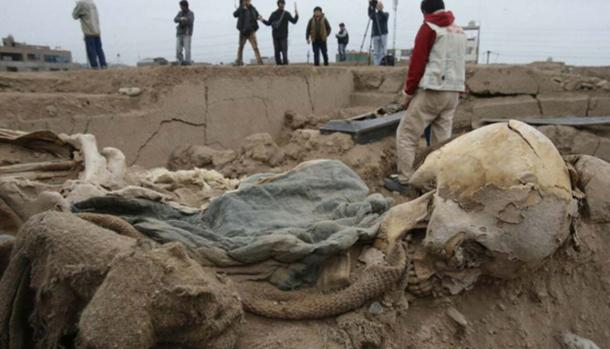 The remains of one of the Chinese laborers buried at Huaca Bellavista.