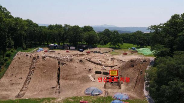 Where human remains of the suspected human sacrifice were discovered, near the western gate of Wolseong Palace's western wall. (Gyeongju National Research Institute of Cultural Heritage)