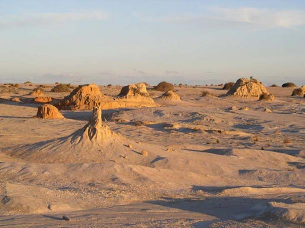The remote landscape of the Willandra region where Mungo Man was first discovered. Arthur Durband, Author provided