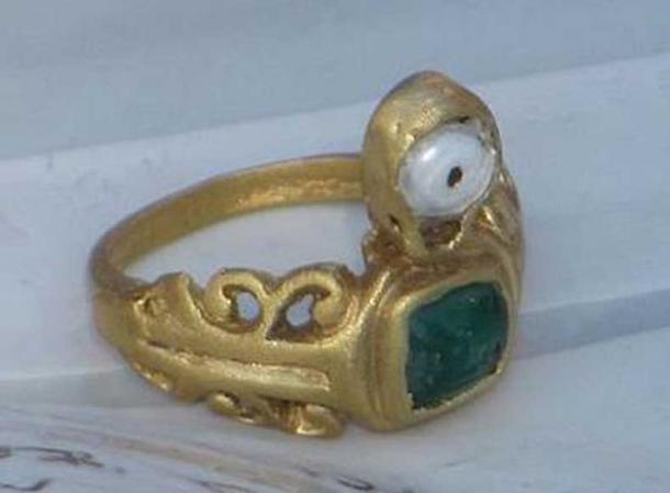 The ring meant to protect against the evil eye which was found in Vinkovci.