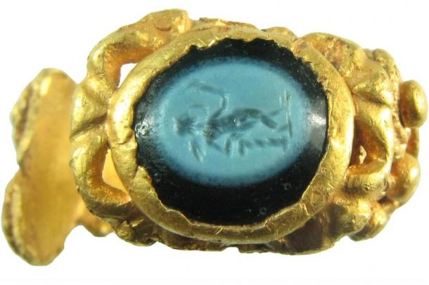 1,700-Year-Old Ancient Gold and Onyx Ring Depicts Cupid, God of Love