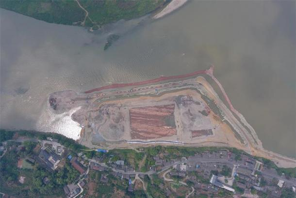 The riverbed/Ming battlefield excavation site where the 10,000 relics were found. (Xinhua / Liu Kun)