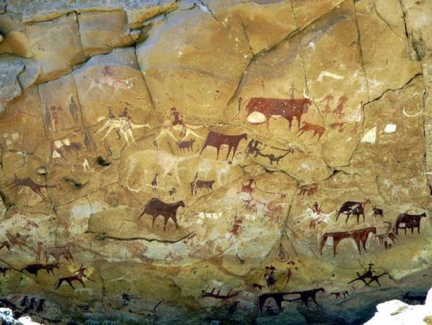 This rock art in northern Africa dates from numerous periods and is significant because it shows the culture of ancient humans. (SteveStrummer / CC BY-SA 2.0)
