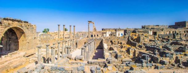 Roman ruins north of the citadel, Bosra, Syria. (siempreverde22/Adobe Stock)