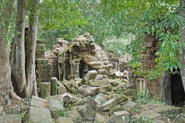 A ruined Khmer temple in Phnom Kulen.