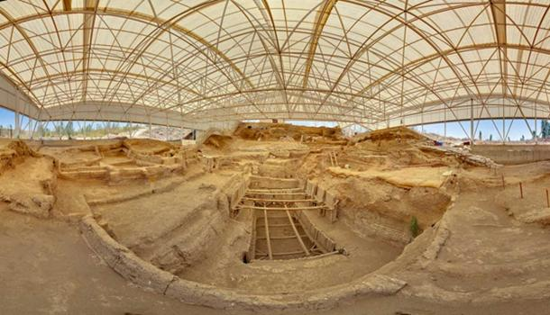 Çatalhöyük south shelter panorama. (Scott D. Haddow/CC BY NC SA 2.0)