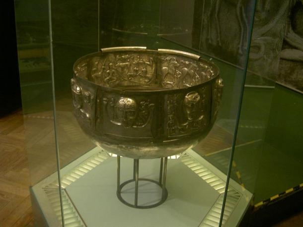 One of the primary ways of cooking meat among Vikings was to boil it in a stew called skause, perhaps in a cauldron this Gundestrup Cauldron from the National Museum of Denmark, Copenhagen.