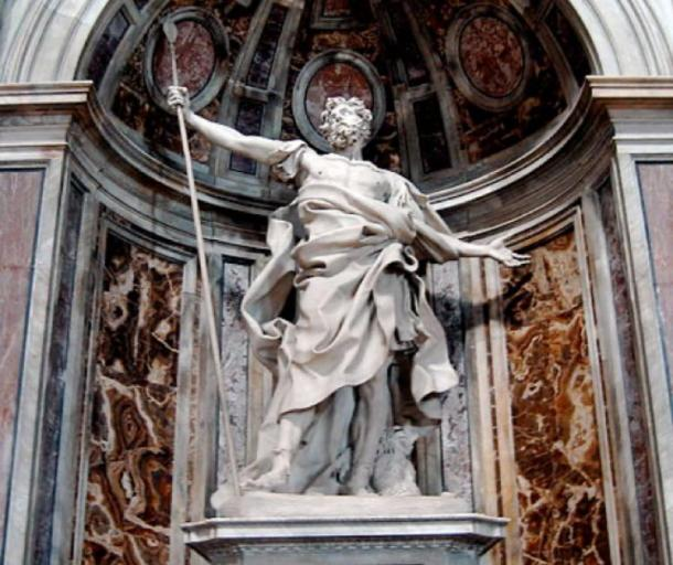 The statue of Saint Longinus holding the Holy Lance in St. Peter's Basilica, Rome (Public domain)
