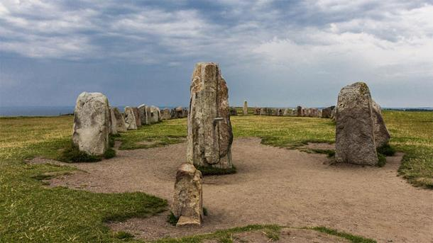 The stones at Ales Stenar have a celestial alignment. (David Lennartsson / CC BY-SA 3.0)
