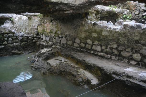 The temazcal, sweat lodge, found in La Merced, Mexico City, Mexico. (INAH)