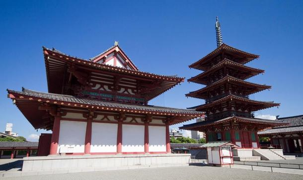 The five-storey pagoda and another temple building at Shitenno-ji, Osaka