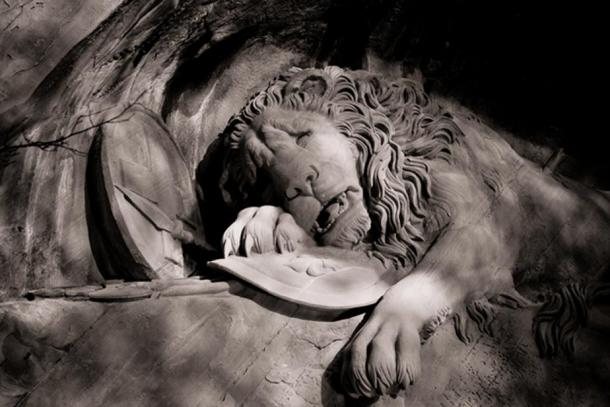 A close-up of the Lion of Lucerne.