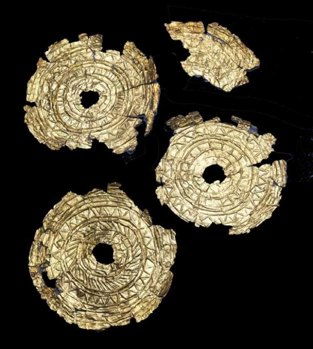 The Knowes of Trotty Discs. (National Museums Scotland)