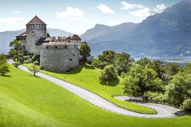 The middle age fortress, Vaduz Castle (mikolajn /Adobe Stock)