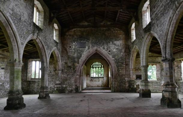 The nave inside St. Botolph's Church ('the demon church') in Skidbrooke. (Michael Garlick / CC BY-SA 2.0)