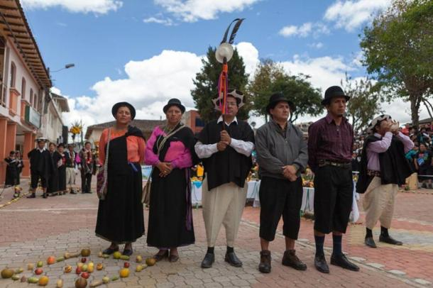 The priest (far right) blew a horn and made a blessing to Pachamama at each of the four cardinal directions.
